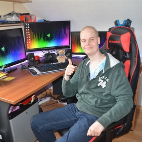 Thumb 283 283 2015 152 rick   gamecomputer