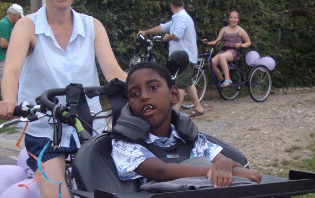 Large 1024 645 2015 064 minase   rolstoel    002b
