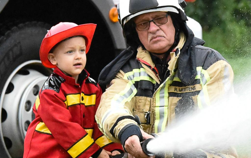Large 1024 645 2017 055 ties   dagje brandweerman sam zijn new